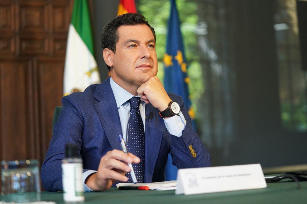 El presidente de la Junta de Andalucía Juan Moreno propone a Bruselas esfuerzos para mejorar las infraestructuras en zonas rurales. Foto de Juan Moreno